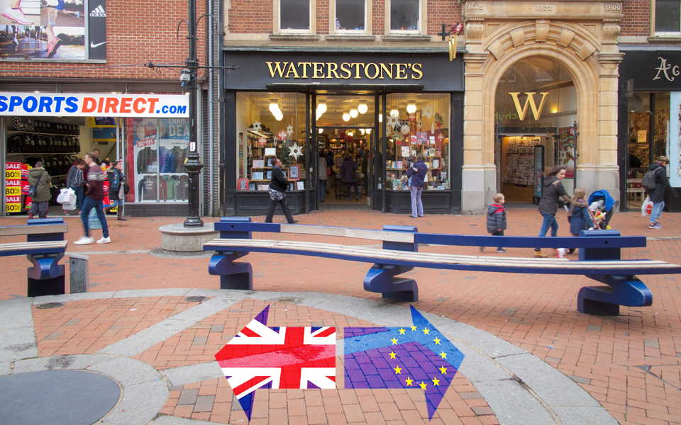 Authors join pay row at Waterstones